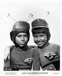 Santa Conquers Martians (Still_18) 1964