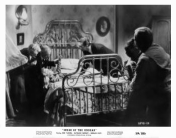 Curse of the Undead (Production Still) 1959_18