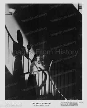 The Spiral Staircase (Still) 1945_98