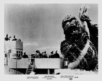 king-kong-escapes-still-1968_5039-03